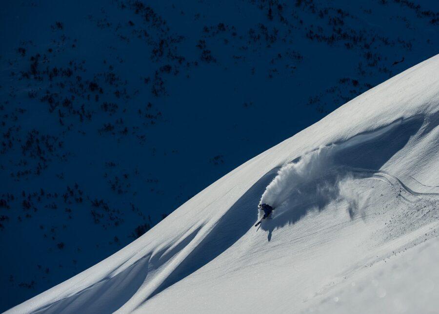 En bølge i fjellet av Bård Basberg