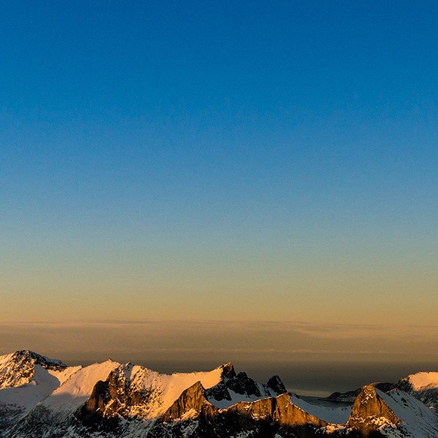 Solnedgang på Senja av Bård Basberg