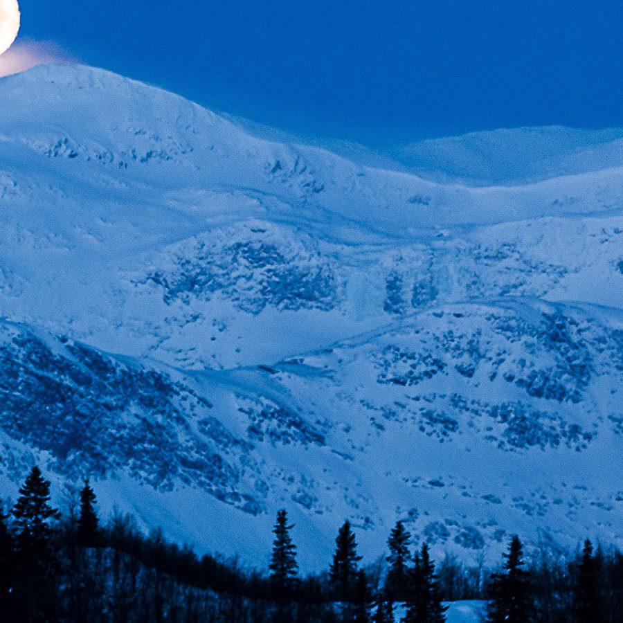 Måne a la Sohlberg panorama av Erling Maartmann-Moe