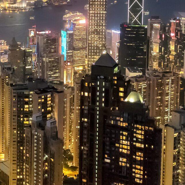Hong Kong - kveldsutsikt fra Victoria Peak I, fotokunst veggbilde / plakat av Erling Maartmann-Moe
