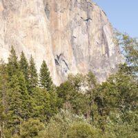Yosemite Valley, med El Capitan til venstre og Bridalveil Falls til høyre., fotokunst veggbilde / plakat av Erling Maartmann-Moe