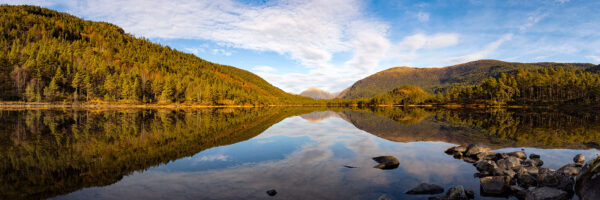 Naturens Speil, fotokunst veggbilde / plakat av Eirik Sørstrømmen