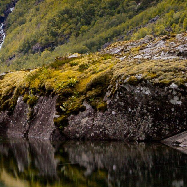Bondhusvatnet i Bondhusdalen, fotokunst veggbilde / plakat av Eirik Sørstrømmen