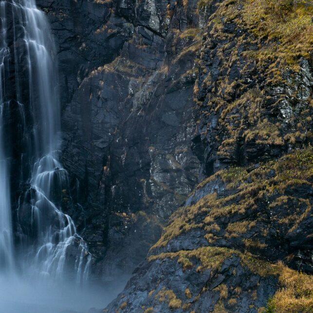 Fossefall i Granvin, fotokunst veggbilde / plakat av Eirik Sørstrømmen