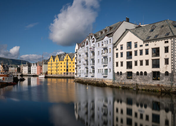 Ålesund Sentrum, fotokunst veggbilde / plakat av Eirik Sørstrømmen