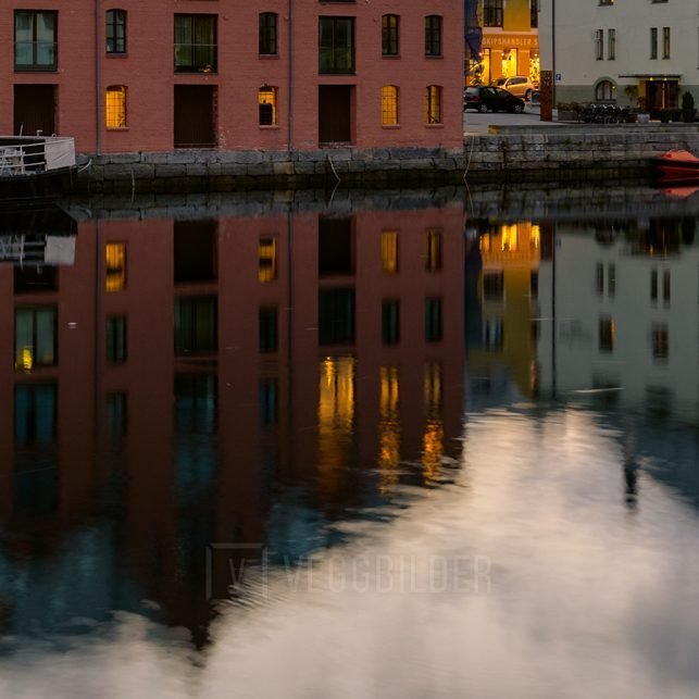 En sommerkveld i Ålesund., fotokunst veggbilde / plakat av Eirik Sørstrømmen