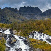 Vakre Studalselva i Lofoten., fotokunst veggbilde / plakat av Eirik Sørstrømmen