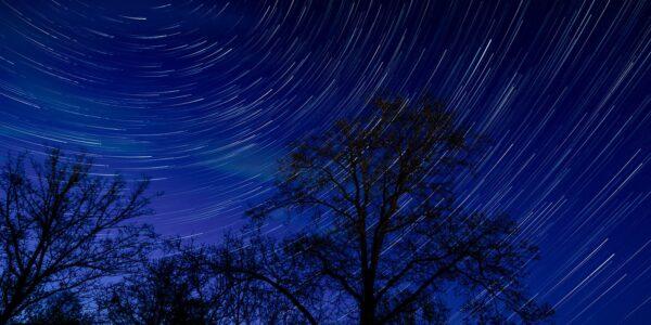 Stjernespor i natten, fotokunst veggbilde / plakat av Gunnar Kopperud
