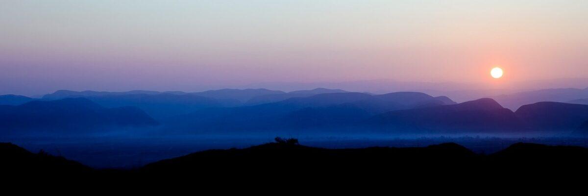 Solnedgang i Afghanistan, fotokunst veggbilde / plakat av Henning Mella