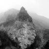 Fjellandskap i Himalaya sort-hvitt av Henning Mella