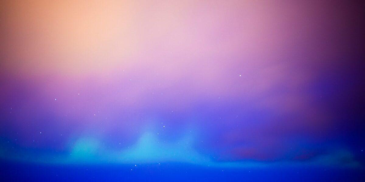Nordlys over Kabelvåg, fotokunst veggbilde / plakat av Henning Mella