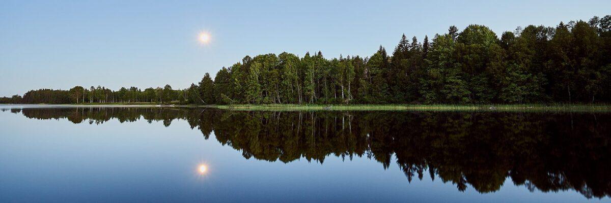 Måneskinn over Kornsjø, fotokunst veggbilde / plakat av Henning Mella