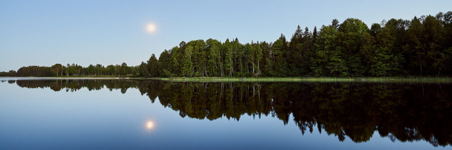 Måneskinn over Kornsjø av Henning Mella