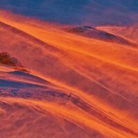 flammende snø på Mjølkåtinden, Mo i Rana, fotokunst veggbilde / plakat av Henning Mella