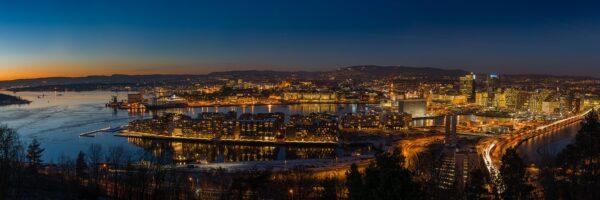 Kveldslys over Oslo, fotokunst veggbilde / plakat av Kåre Johansen