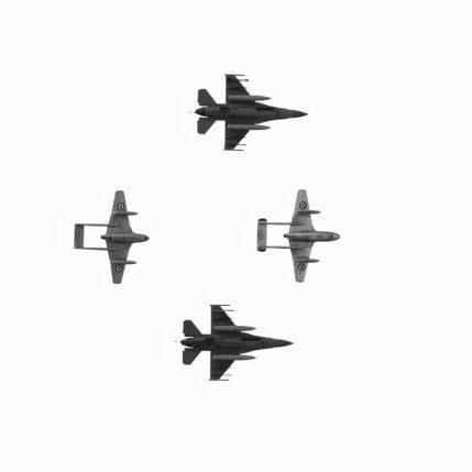 Gammelt og nytt i flyvåpenet, fotokunst veggbilde / plakat av Kåre Johansen