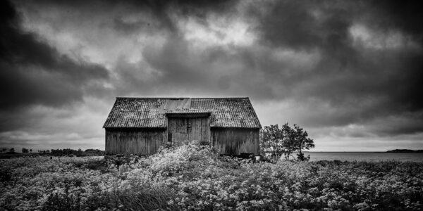 Nedlagt gårdsbruk, fotokunst veggbilde / plakat av Kåre Johansen