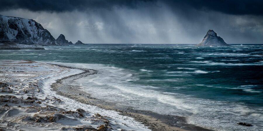 Det blåser på Bleik av Kåre Johansen