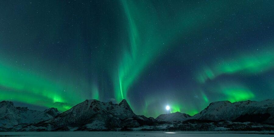 Nordlys over Klotind av Kåre Johansen