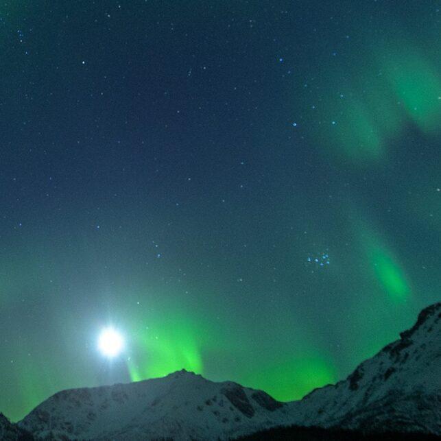 Nordlys over Klotind, fotokunst veggbilde / plakat av Kåre Johansen