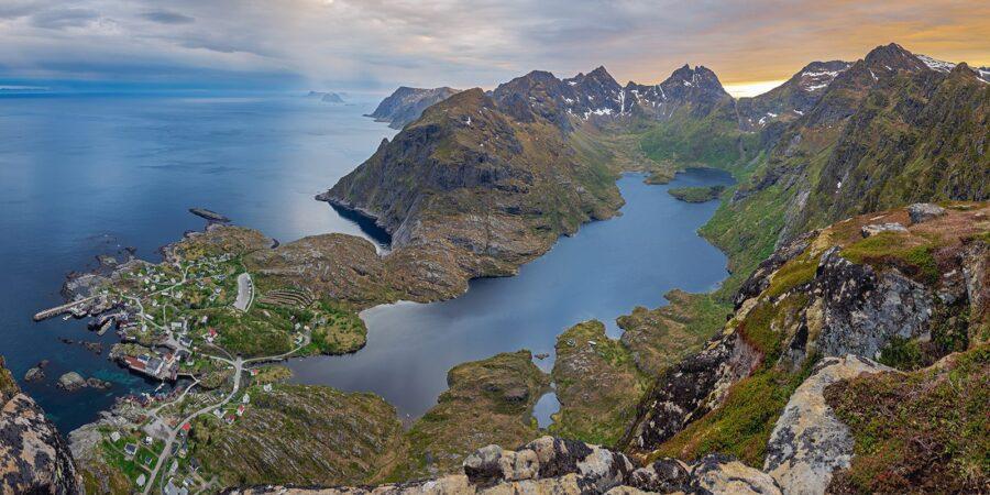 Utsikt fra Tindstinden av Kåre Johansen