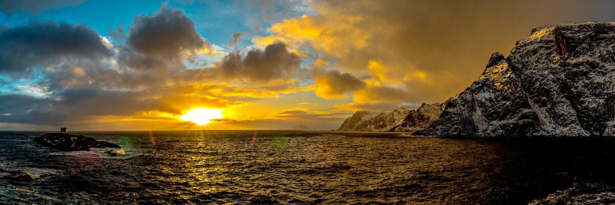 Sola kommer tilbake, fotokunst veggbilde / plakat av Kåre Johansen
