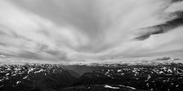 Vår i fjellheimen av Kjell Erik Reinhardtsen