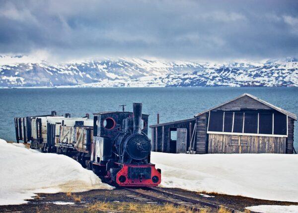 Verdens nordligste jernbane, fotokunst veggbilde / plakat av Peder Aaserud Eikeland