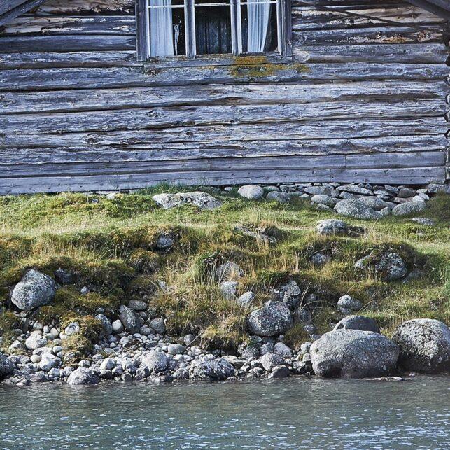 Gammel fisker ved Jo Gjende hytta, fotokunst veggbilde / plakat av Peder Aaserud Eikeland