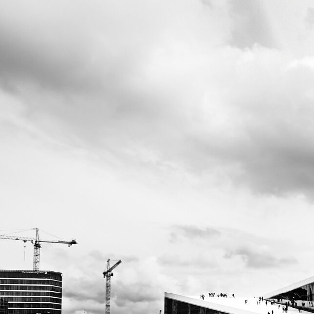 Sort-hvitt panoramabilde av Den Norske Opera, fotokunst veggbilde / plakat av Peder Aaserud Eikeland