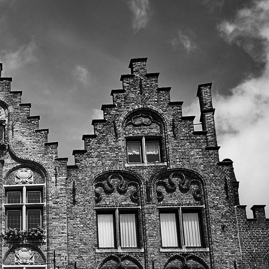 Klassiske hus i Brugge av Peder Aaserud Eikeland