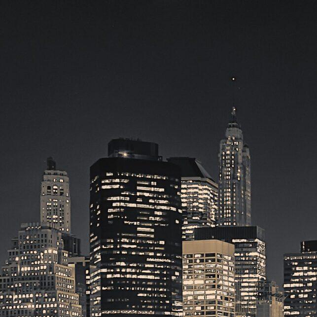Manhattan skyline fra Brooklyn på kvelden SH, fotokunst veggbilde / plakat av Peder Aaserud Eikeland