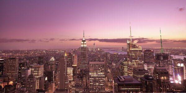 Manhattan by night skyline, fotokunst veggbilde / plakat av Peder Aaserud Eikeland