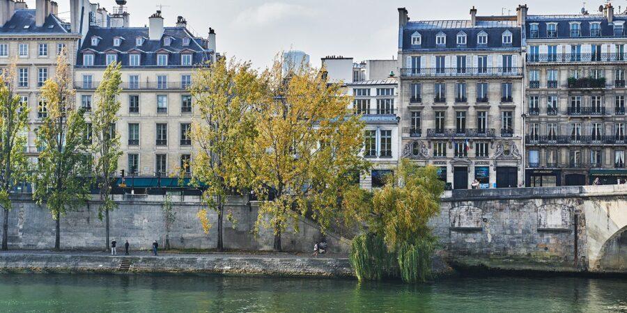 Høstdag langs Seine av Peder Aaserud Eikeland