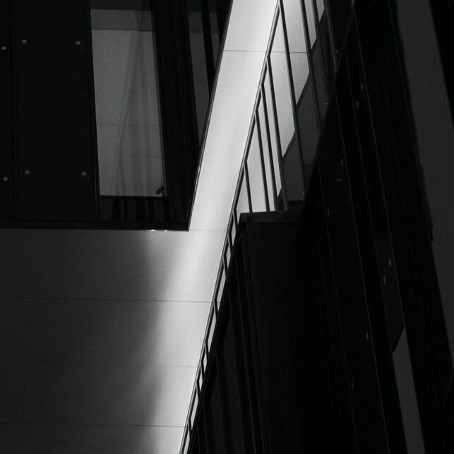Boksen utenfor boksen, fotokunst veggbilde / plakat av Peder Aaserud Eikeland