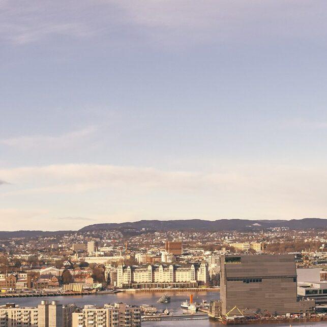 Tømmertoget gjennom Oslo, fotokunst veggbilde / plakat av Peder Aaserud Eikeland