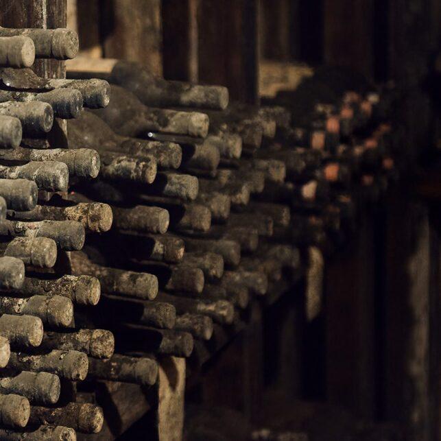 Årgangsvin flasker, fotokunst veggbilde / plakat av Peder Aaserud Eikeland