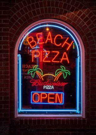 Beach pizza, fotokunst veggbilde / plakat av Peder Aaserud Eikeland