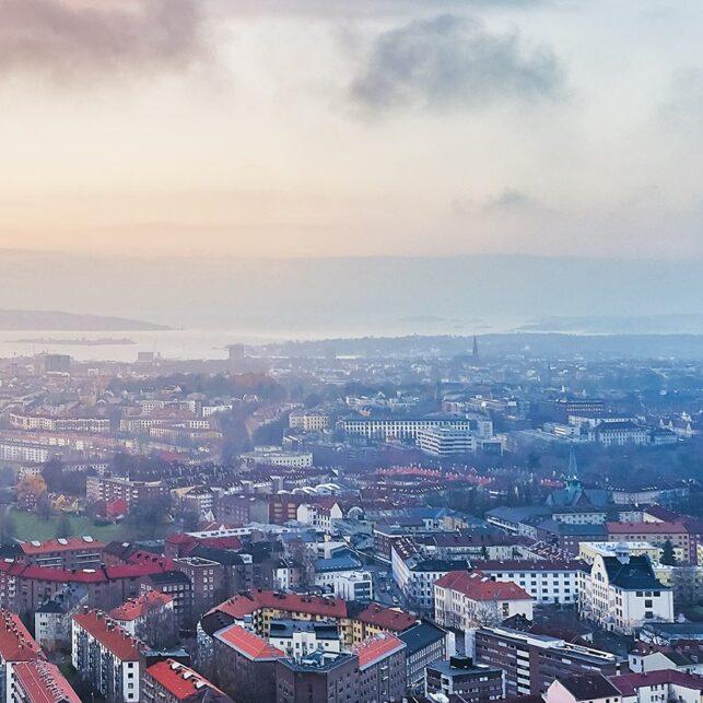 Bjølsen og Oslo fra lufta, fotokunst veggbilde / plakat av Peder Aaserud Eikeland