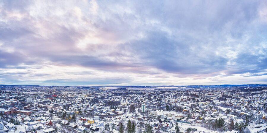 Nordre Aker i vinterdrakt av Peder Aaserud Eikeland