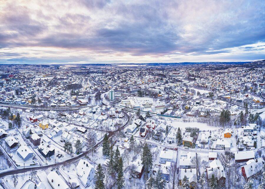 Tåsen i vinterdrakt av Peder Aaserud Eikeland