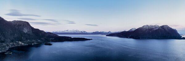 Otrøya og Romsdalsalpene av Peder Aaserud Eikeland