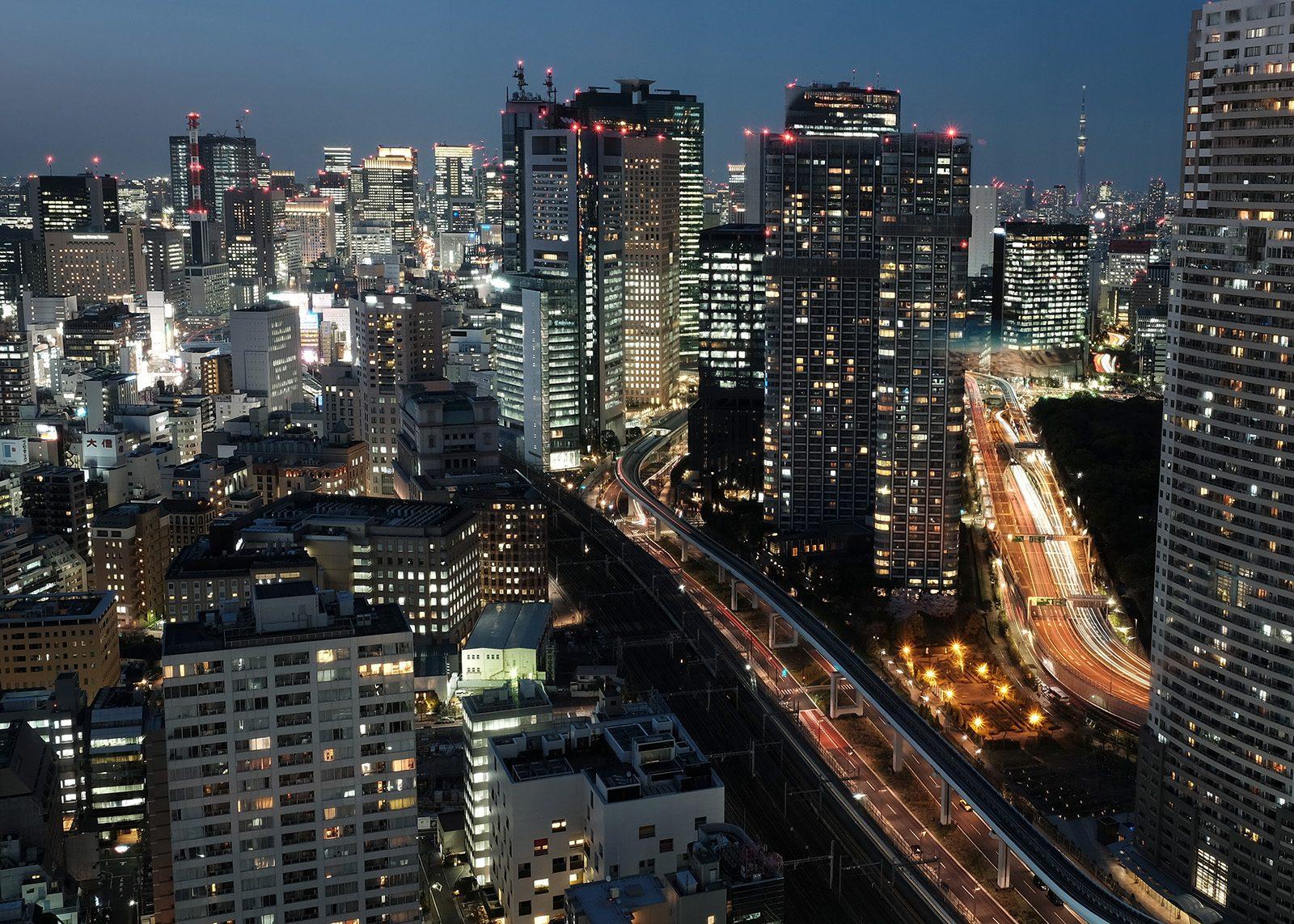 Tokyo by Night av Tor Arne Hotvedt