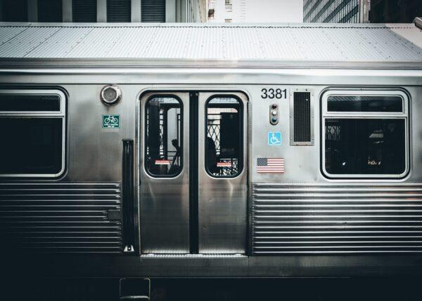 Detaljer av et tog i Chicago, fotokunst veggbilde / plakat av Tor Arne Hotvedt