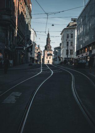 Opp mot Oslo Domkirke, fotokunst veggbilde / plakat av Tor Arne Hotvedt