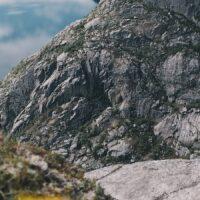 Utsikt fra Trolltunga utover Ringedalsvatnet, fotokunst veggbilde / plakat av Tor Arne Hotvedt