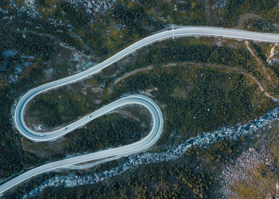 Hårnålsvinger på Haukelifjell I av Tor Arne Hotvedt