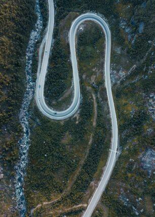 Hårnålsvinger på E134 mellom Haukeli og Røldal, fotokunst veggbilde / plakat av Tor Arne Hotvedt