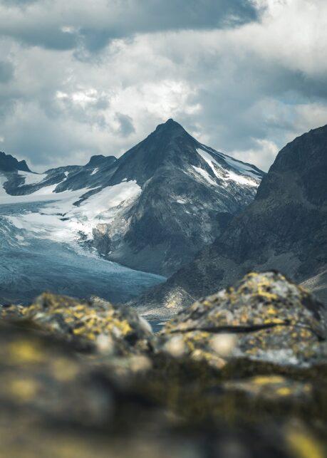 Mjølkedalspiggen II av Tor Arne Hotvedt
