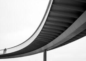 Sykkelbro i København i svart-hvitt, fotokunst veggbilde / plakat av Tor Arne Hotvedt
